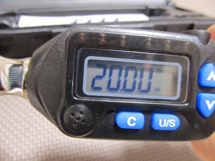 矢印ボタンで設定変更。20N・m設定した写真。